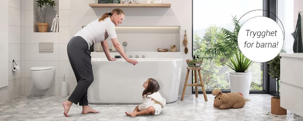 Bilde av en mor og et barn på et bad